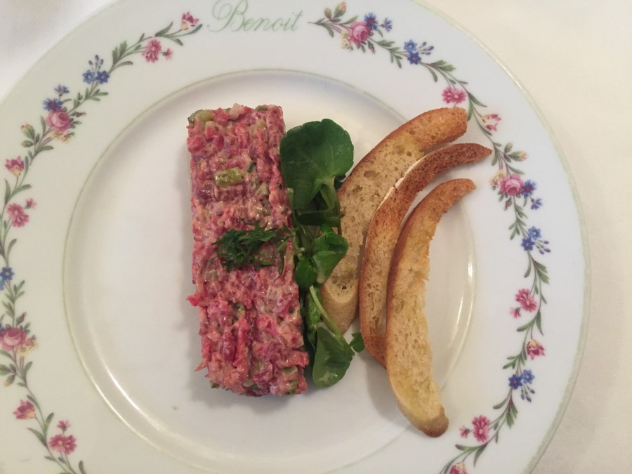 Benoit steak tartare